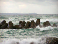 Mare in tempesta  - Villafranca tirrena (8413 clic)