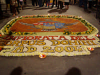 Infiorata 2004  - San pier niceto (3708 clic)