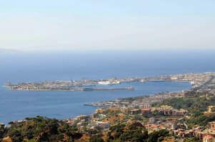 Panorama porto.  - Messina (8413 clic)
