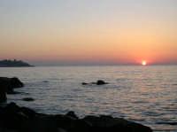 Aci Trezza alba e Capo Mulini  - Aci trezza (2116 clic)