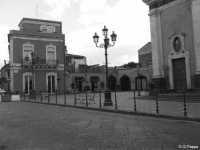 Piazza S.Vito di Mascalucia in bianco e nero ripresa il 28/5/2007 (5402 clic)