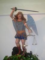 San Michele Arcangelo Statua di San Michele Arcangelo All'interno della Chiesa di Sant'Arcangelo  - Piraino (4790 clic)