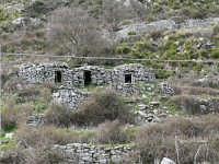 Antiche costruzioni in pietra Tholos, foto del 16.03.2008  - Floresta (6472 clic)