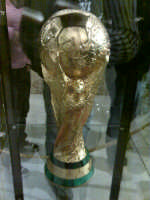 Coppa del Mondo di calcio esposta in municipio dal 30.04.07 al 01.05.07  - Capo d'orlando (3197 clic)