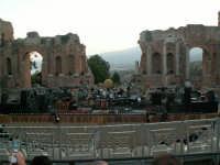 Preparativi per il  concerto di Zucchero  al teatro greco 11.07.07  - Taormina (2431 clic)