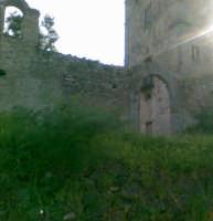 Ingresso Principale della Torre Saracena, foto del 04.03.2008  - Sant'angelo di brolo (3904 clic)