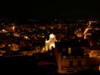 Paternò di notte, foto dal castello del 09.11.2008  - Paternò (2348 clic)