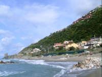 Vista dal mare. foto del 01.05.2009  - Piraino (6741 clic)