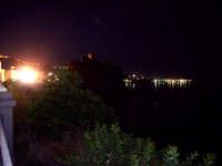 Vista notturna. foto del 20.06.2009  - Aci castello (3341 clic)