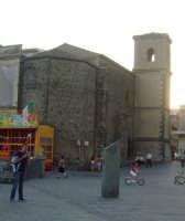 La chiesa in piazza Castello. foto del 20.06.2009  - Aci castello (3688 clic)