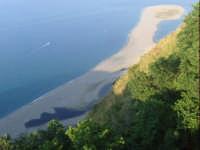 Vista dei laghetti di Marinello. foto del 13.06.2009  - Tindari (8961 clic)