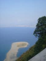 Vista dei laghetti di Marinello. foto del 14.06.2009  - Tindari (7936 clic)