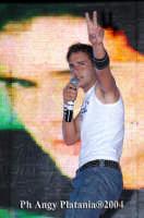 Giardino Bellini - Vodafone tour 2004 -  Paolo Meneguzzi  - Catania (4247 clic)