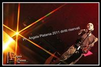 la terra degli aquiloni di Mango La terra degli aquiloni del grandissimo Mango...si è spostata per una serata a Catania. Ph Angela Platania  - Catania (1418 clic)