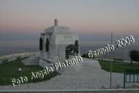 Monumento ai caduti. Ph Angela Platania  - Siracusa (1771 clic)