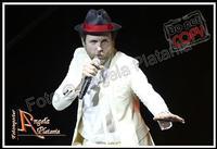 io penso positivo Jovanotti Palasport di Acireale 8-2-2012 le foto sono coperte dal copyright evidente e perpetuo...Ph Angela Platania  - Acireale (1372 clic)