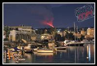 il più grande spettacolo...  Ennesimo Parossismo del nostro vulcano 8-2-2012 le foto sono coperte dal copyright evidente e perpetuo...Ph Angela Platania  - Catania (2719 clic)