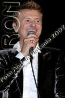 Ron in concerto al teatro Metropolitan 28-12-2007 - Ph Angela Platania -  Vietata la riproduzione  - Catania (1070 clic)