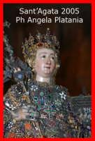 Festa di Sant'Agata - l'ottava 12 febbraio 2005 - Il busto in uscita dalla cattedrale  - Catania (2311 clic)
