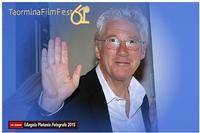 un vero ufficiale gentiluomo Al taormina Film fest il grandissimo Richard Gere, davvero un uomo di fascino ed educazione. un grande. ph Angela Platania  - Taormina (1068 clic)