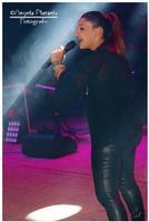 La vincitrice di Amici 2014 Deborah Iurato nel suo primo live a pagamento nell'anfiteatro dI Zafferana  - Zafferana etnea (675 clic)