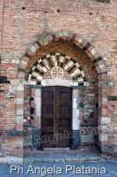 Casalvecchio siculo Chiesa San Pietro e Paolo d'Agro, ph Angela Platania  - Casalvecchio siculo (5997 clic)