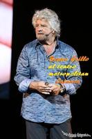 grillo contro Grillo il simpatico comico/politico in tour a Catania  - Catania (743 clic)