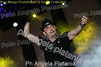Pino Mango a Fiumefreddo di Sicilia. Ph Angela Platania (Un bellissimo concerto..)  - Fiumefreddo di sicilia (2893 clic)