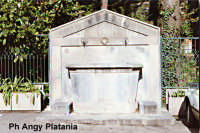 Zafferana Etnea - Ex abbeveratorio per cavalli  - Zafferana etnea (2454 clic)