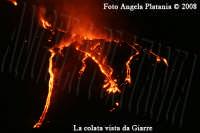 L'eruzione lavica vista da Giarre: lo spettacolo che la natura ci offre gratis- Ph Angela Platania  - Giarre (2166 clic)