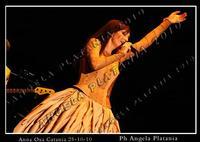 Anna Oxa in concerto teatro metropolitan 25-11-2010. Ph Angela Platania (i soliti furbi si astengano dal prelevare le foto e cancellare la firma perch? ho trovato un buon avvocato economico)  - Catania (2351 clic)