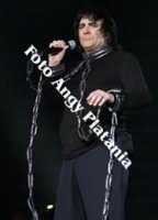 Renato Zero e il suo Zero Movimento Tour ad Acireale 4-4-2006 (le foto di Renato Zero non sono in vendita)  - Acireale (1481 clic)