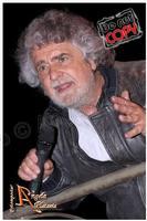 Esilarante... Esilarante sopra le righe Beppe Grillo Ph Angela Platania  - Caltagirone (1983 clic)
