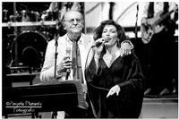 La musica a colori... partenopea Zafferana etnea .. Un particolare Renzo Arbore...con l'interprete femminile Barbara Buonaiuto  - Zafferana etnea (647 clic)
