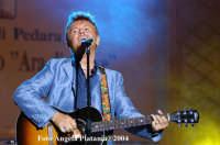 Pedara  - Ara di Giove- Il cantautore Ron  - Pedara (3005 clic)