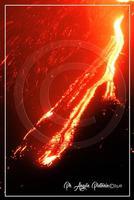 Etna in eruzione lo spettacolo piu' bello del mondo  - Milo (634 clic)