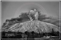 Etna in cenere lo spettacolo piu' bello del mondo  - Bronte (451 clic)