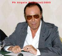 Catania - Hotel Excelsior - Conferenza Stampa Antonello Venditti-2005  - Catania (2398 clic)