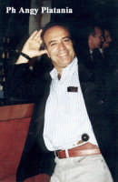 Catania - L'attore Enrico Montesano in posa  - Catania (3719 clic)