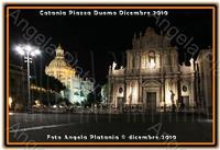 Notturno... Piazza Duomo oramai perennemente al buio... Ph Angela Platania  - Catania (3134 clic)