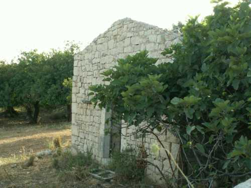 Casolare in pietra - ISPICA - inserita il