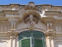 Particolare con stemma facciata casa Modica  - Ispica (3641 clic)