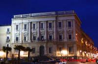 catania : piazza teatro massimo, palazzo delle finanze  - Catania (4054 clic)