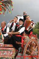 viagrande : cantarini siciliani su carretto siciliano  - Viagrande (16960 clic)