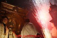 entrata di san mauro con particolare di fuochi d'artificio  - Viagrande (6091 clic)