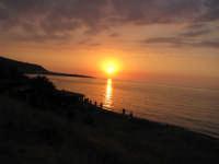 tramonto sul mare 3  - Marina di caronia (6633 clic)