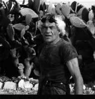 Bartolo Iurato inteso con il soprannome popolare di U Cicirieddu Artista scultore Sciclitano. Le sue opere sono caratterizzate dalla tipica rappresentazione di Mascheroni su sedimenti marini fossili. Info:3398392498  - Scicli (4301 clic)