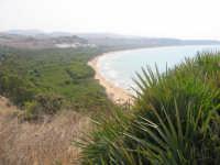 una delle spiagge piu' belle d'italia forse la piu' bella la costa siciliana un tempo era tutta cosi'sopratutto il tratto mediterraneo.  - Eraclea minoa (5435 clic)
