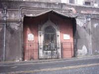 altarino in via Porticello  - Catania (2259 clic)