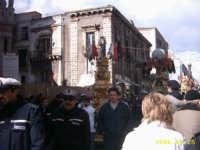 la sfilata delle Candelore il 3 Febbraio 2005 in via etnea. FESTA DI S.AGATA  - Catania (2453 clic)